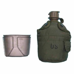 US Army 1pt Bottle and Cup.